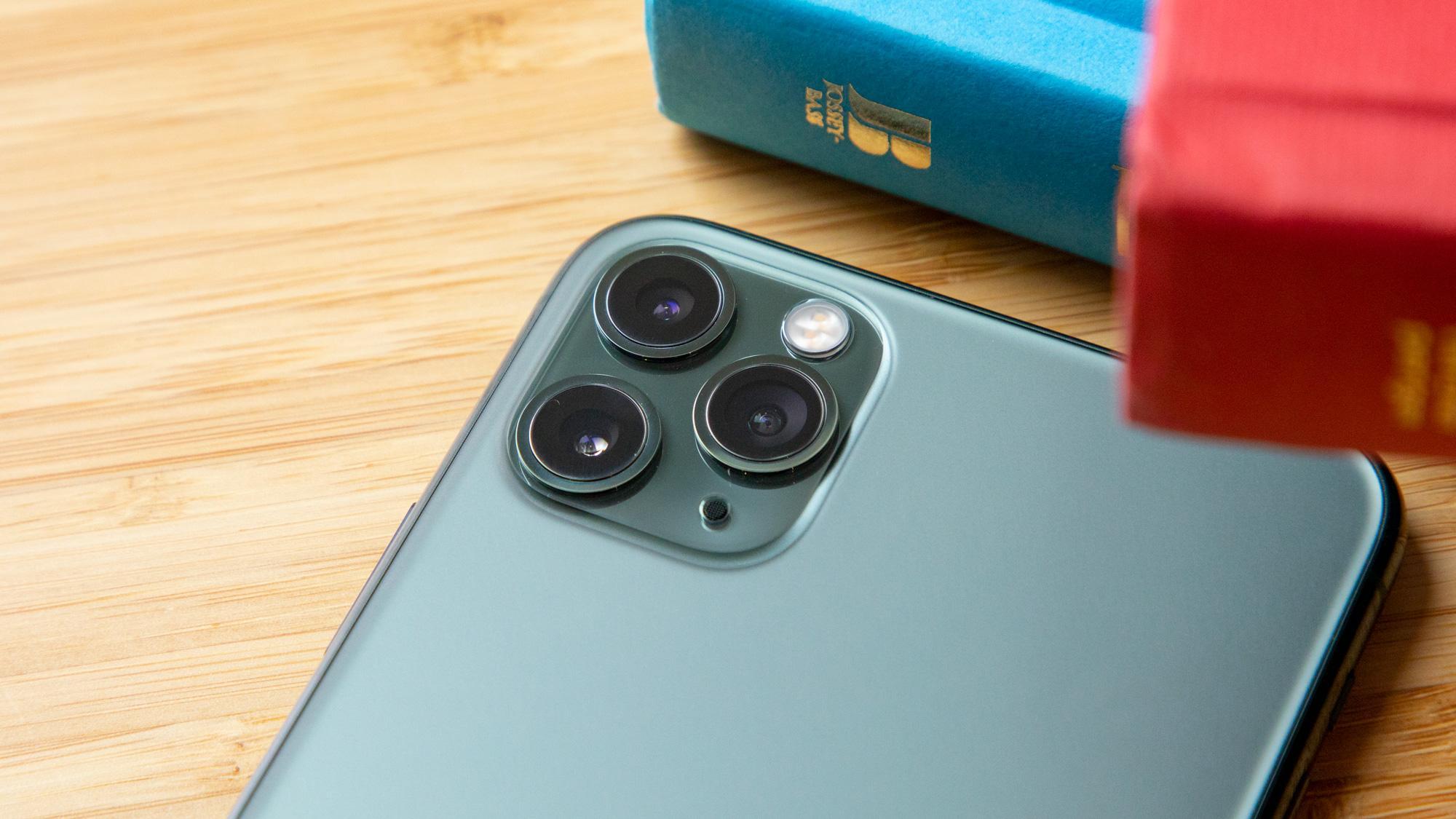 Apple iPhone 11 Pro Max. Лучшая камера для видеосъемки
