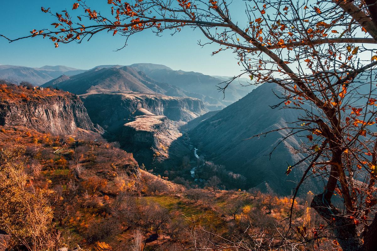 Армения, каньон реки Азат